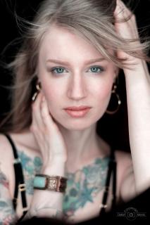 Fotodesig-Mentz-Models-Corina-001